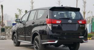 oto-xe-toyota-innova-2018-hut-khach-lam-4